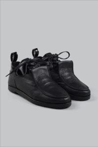 Half-Measures-Double-Loafer-Black-Front FRA