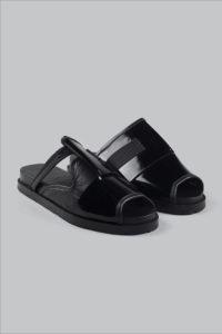 Half-Measures-Peel-Back-Slide-Black-FrontFRA